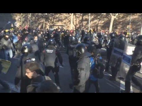 Protestas en Barcelona por el Consejo de Ministros