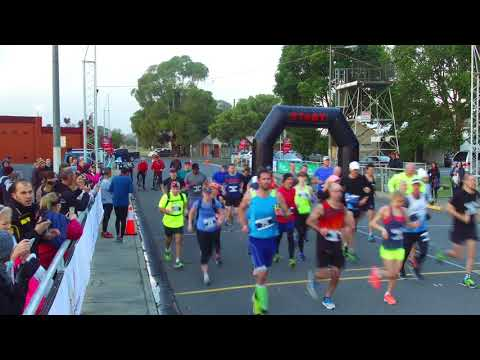 Traralgon Marathon 2018 - Full and Half Marathon Start