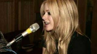 Avril Lavigne sings 'The Scientist' by Coldplay