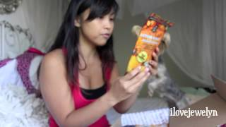 Ebi's October 2013 Barkbox Unboxing Thumbnail