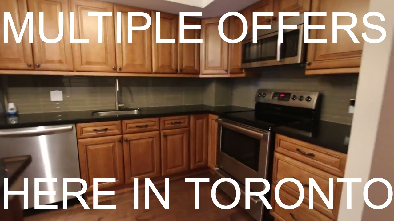 multiple offers toronto 39 s crazy real estate market selling condos on a boosted board 2017. Black Bedroom Furniture Sets. Home Design Ideas