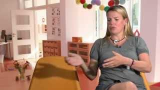 Mirja Boes über »Große Ärsche auf kleinen Stühlen«