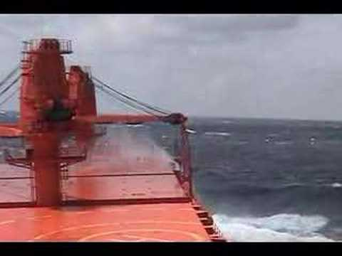 Rough Sea M/V Brazilian Confidence