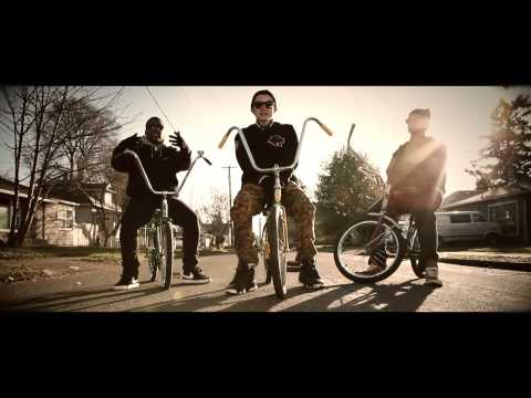 TxE - Tetherball (Official Video)