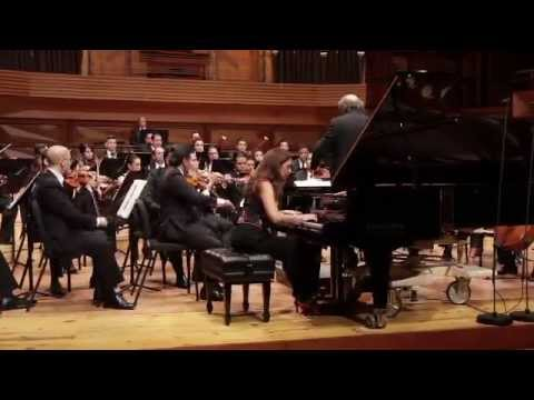 Clara Rodriguez plays Schumann Piano Concerto live