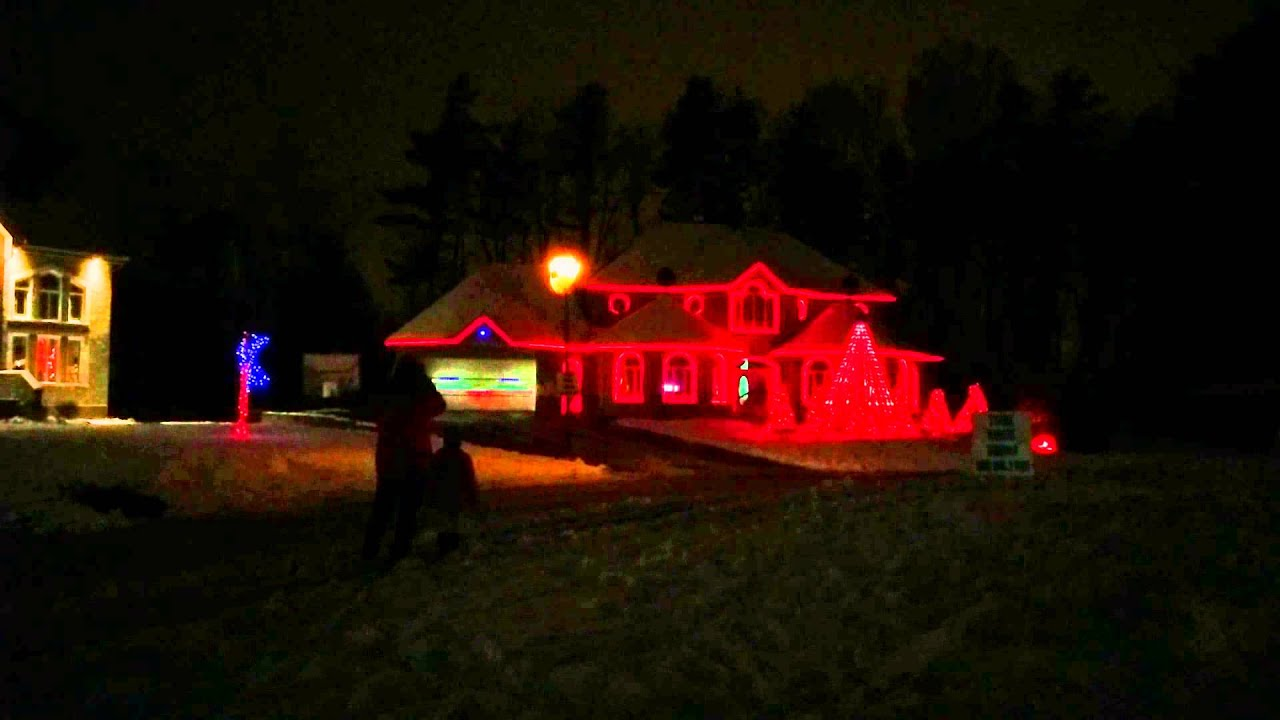 illumination noel bayonne 2018 Lumières de Noël, Aylmer, Gatineau, 2014 Christmas Lights   YouTube illumination noel bayonne 2018