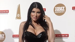 vuclip Romi Rain XBIZ Awards 2016 Red Carpet Fashion