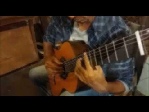 Felipe RamosTocando no Violão do Luthier Marciano