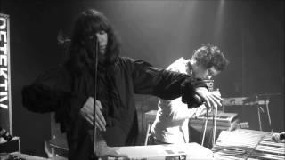 Detektivbyrån - Monster [Live in Stockholm]