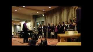 Zanggroep To The Point zingt One van U2.wmv