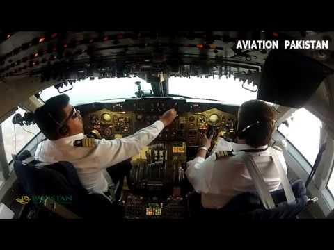 HD, Cockpit Flying PIA Pakistan International,Flight Deck of Boeing 747-300 (Lahore ✈ Karachi)