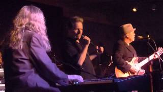 Watch Delbert Mcclinton Midnight Communion video