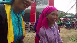 Xuyên Mây Đi Chợ Phiên ở Mèo Vạc Hà Giang | Travel and Food