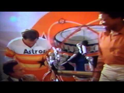 Houston Astros Make Nolan Ryan 1st Million Dollar Man, 1980!