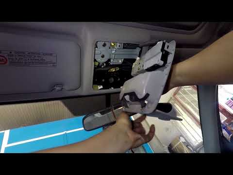 Toyota RAV4 dome light removal