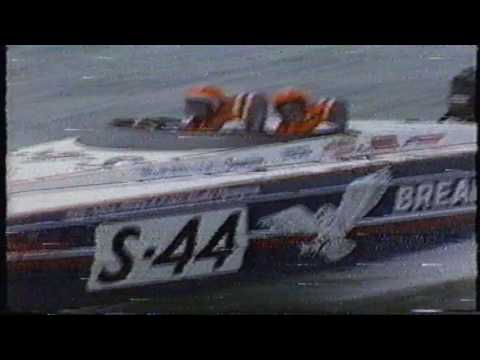 Trump's Castle 1987 Offshore Grand Prix - 2 of 3