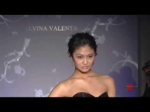 alvina-valenta-bridal---spring-2011-runway-couture-dresses-show-with-top-models