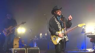 "The Mavericks, ""How can you mend a broken heart"""