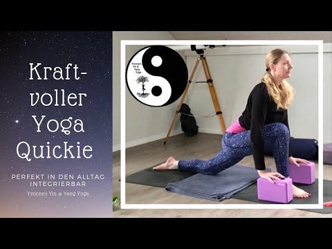 kraftvoller-yoga-quickie---10-min.-im-stehen/-perfekt-in-den-alltag-integrierbar/-für-jede-tageszeit