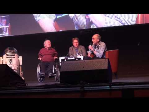 Kenny Baker /Garrick Hagon Panel