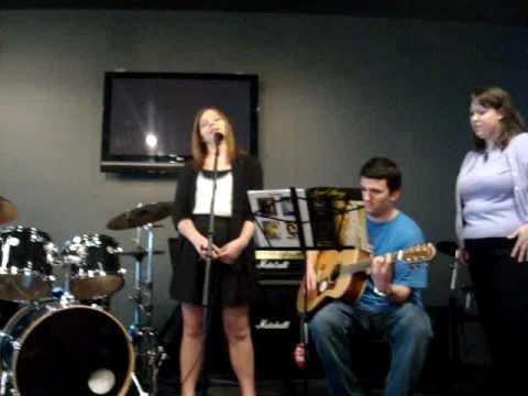 "Taylor Nicole Babcock performs Taylor Swift's ""Lov..."