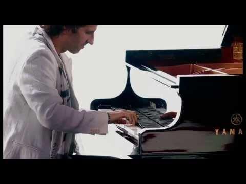 Stephan Moccio Performs October