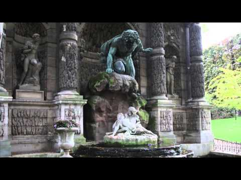 A romantic spot in Paris, The Médicis Fountain: A Luxembourg Gardens Gem