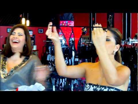 Carmen Jara ensena la Tanga en Nitido..wmv