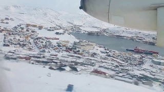 Widerøe WF961 Dash 8 Kirkenes-Vadsø-Berlevåg-Mehamn-Hammerfest-Tromsø Takeoff & Landing