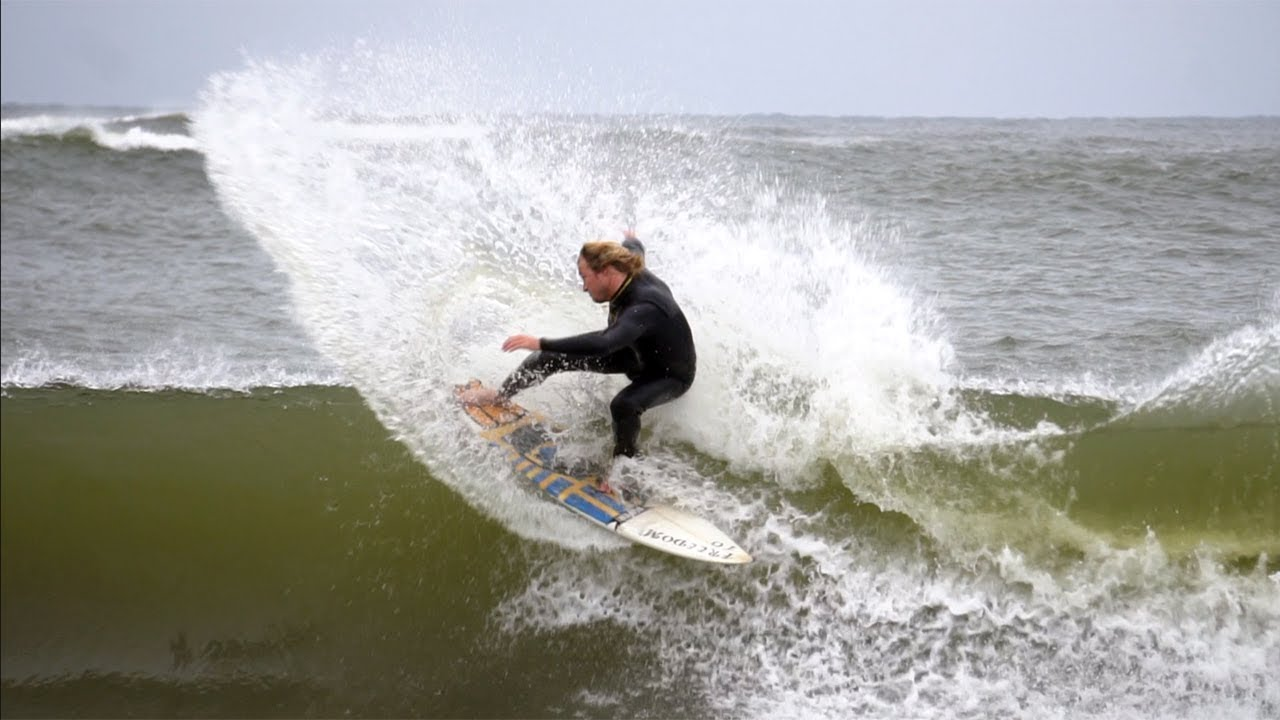 ALABAMA HAS FUN SURF!