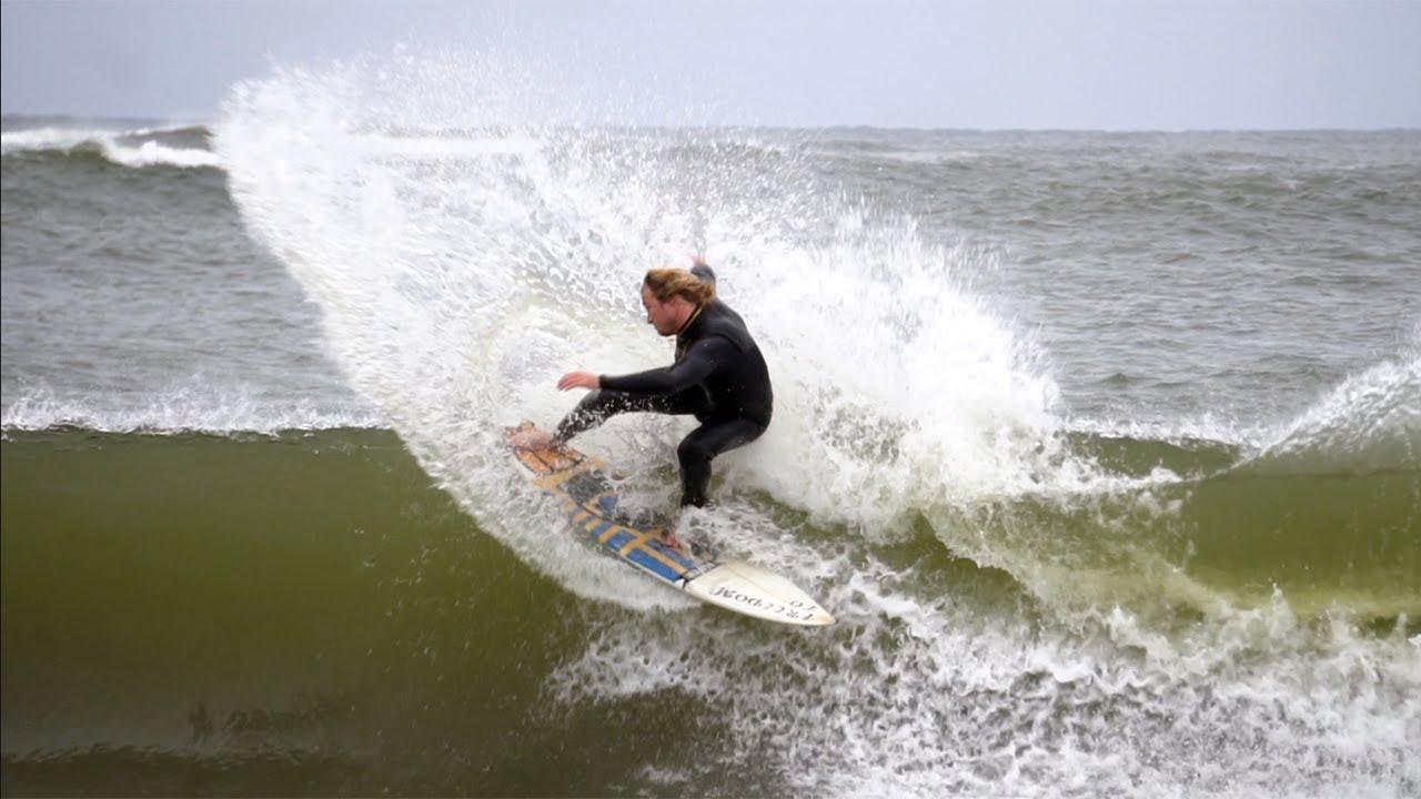 ALABAMA HAS FUN SURF!