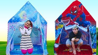 MALOUCOS  finge  Brincar de vizinhas com casas de brinquedos - Pretend Play with Playhouse Kids
