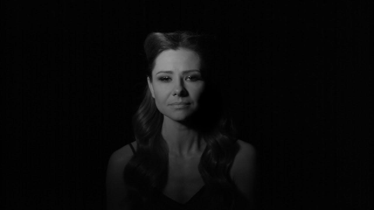 cb0862e03be0e5 Ania Karwan - Czarny Świt [Official Music Video] - YouTube