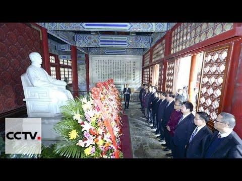 China rinde homenaje al héroe nacional Sun Yat-sen