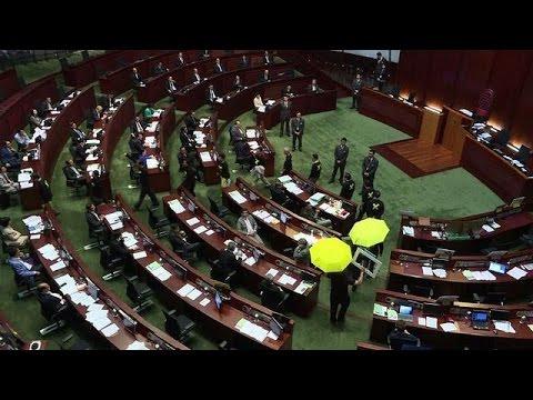 Hong Kong : un projet de réforme polique voté en juin