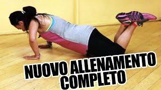 Allenamento completo per perdere peso e bruciare grassi con esercizi da fare a casa