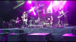"""Niila """"Smell the Roses"""" (Live @Bochum Total 15/07/16)"""