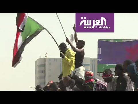 شخصيات قومية تتوسط لحل أزمة السودان  - نشر قبل 1 ساعة