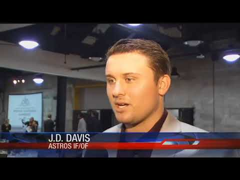 Hooks honor J.D. Davis as player of the year
