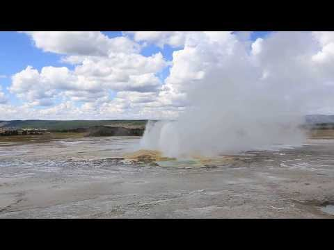 Yellowstone Spasm Geyser Eruption - Day 28