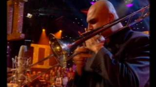 Jools Holland Hootenanny 09 Fat Fred.wmv