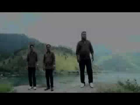 Kaperas tongging-tosima trio