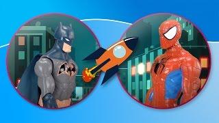 spiderman przeciw batmanowi pajak z nietoperzem walcza w miescie