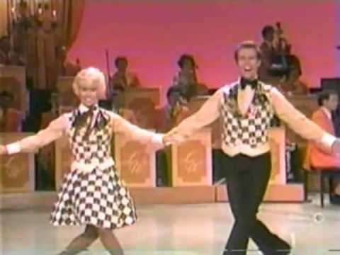 The Lawrence Welk Show - Grammy Award Songs - 01-12-1974