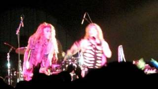 Steel Panther plays KISW 2009 Holiday Hangover Ball