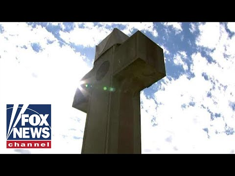 Fight rages over cross-shaped WWI memorial in Maryland