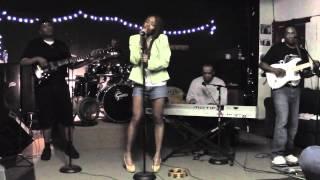 Phyllis Hyman - Living All Alone (P Mac Band)