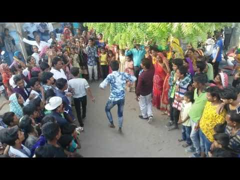 Devi pujak samaj -Dance Battle In Gaam Lakhtar Jakwadia
