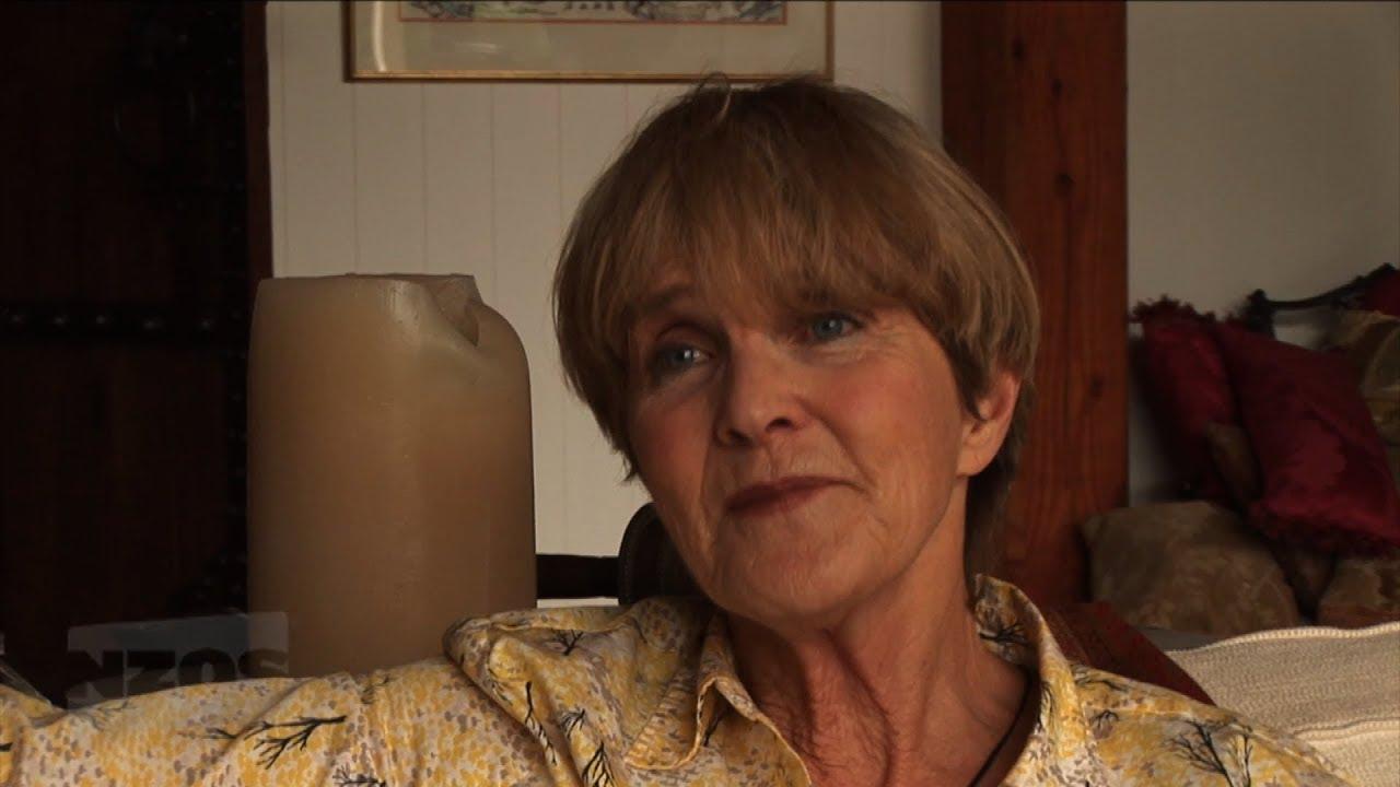 Anne Reid advise