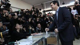 Голосовать как рок-звезда. Алекос Ципрас на избирательном участке